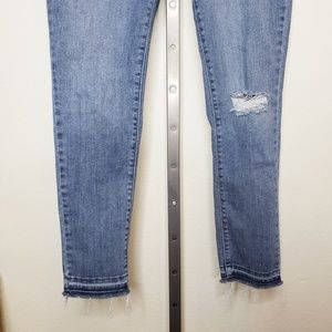 Levi's Jeans - Levis 711 Released Hem Distressed Skinny Jeans